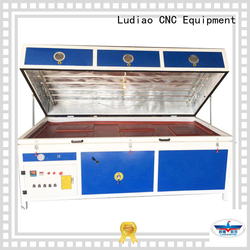 Custom vacuum press membrane material supply for wood working