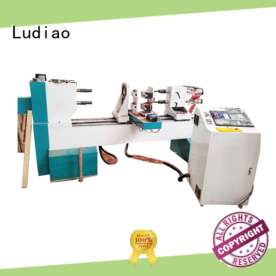 Ludiao precision wood lathe company for Wooden Columns Making
