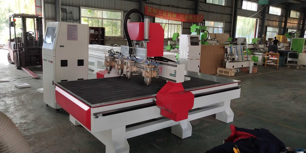 LD-1325-4 CNC Woodworking Engraving Router Machine  Multi Heads Relief